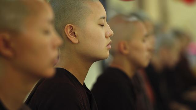 お寺の僧侶が動画配信する理由とは?