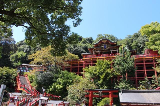 一度は行ってみたい!三大稲荷神社の1つ九州佐賀県の【祐徳稲荷神社】