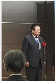 桜田元大臣の「子どもは3人くらい産んでくれるように」に疑問
