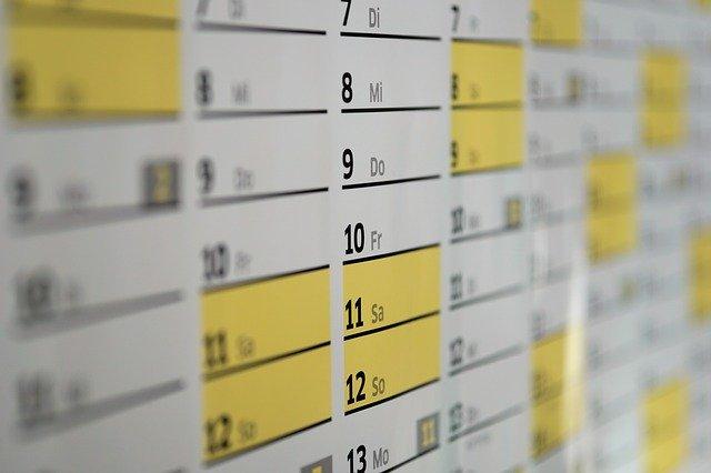 今月2/24も休みだ!もちろん会社も休み。学校も休み。その理由は?