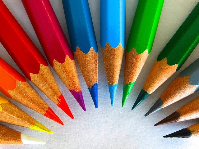 プレバト!色鉛筆査定ランキング予想!前回の作品一覧と馬場典子の作品も!【色鉛筆査定第2弾】