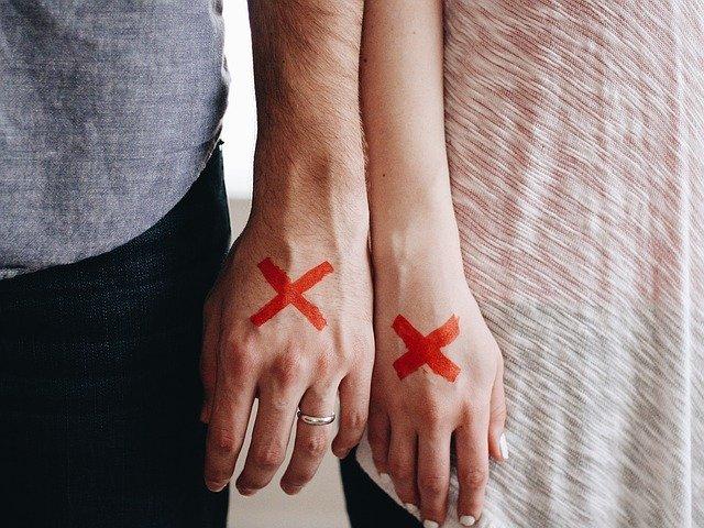 コロナ離婚を考える出来事とは?『有難うしか思わない』名倉潤に見習う夫婦のあり方